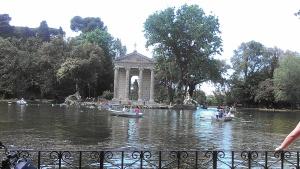 Pond in Villa Borghese